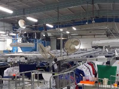 Maszyny w fabryce 13