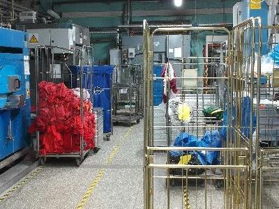 Maszyny w fabryce 15