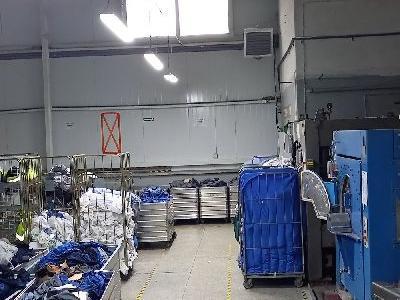 Maszyny w fabryce 9