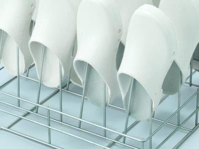 Myjnie dezynfektory do obuwia szpitalnego 4